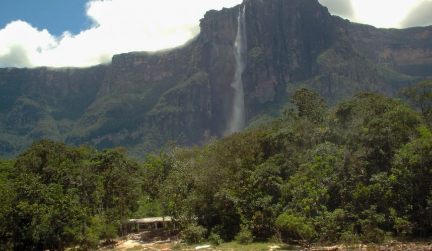 """Araguato Expeditions"" Tours   Canaima & Salto Angel - Venezuela"